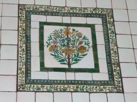 Another William de Morgan ceramic piece - might make a nice cushion!