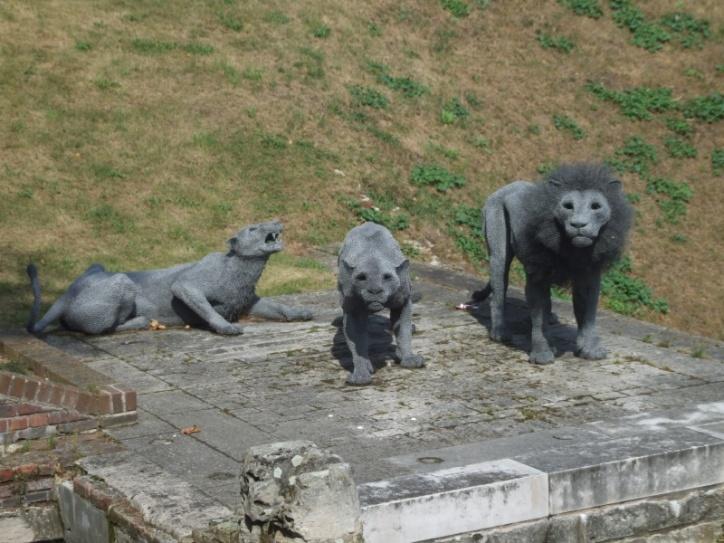 Lion sculpture at Tower Pier