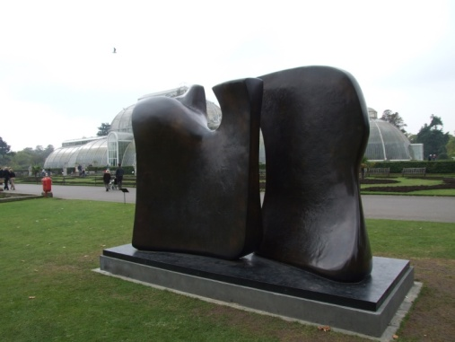 Knife Edge Two Piece, 1962-65