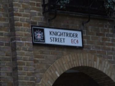 Where Kit lives?