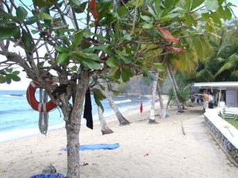 We check out the beach for snorkelling and make reservations at the restaurant