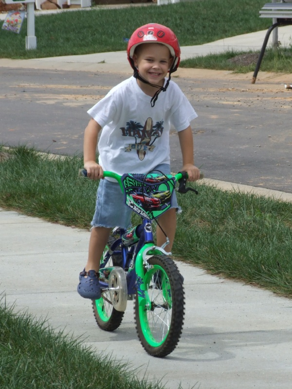 This is how JT rides his bike.