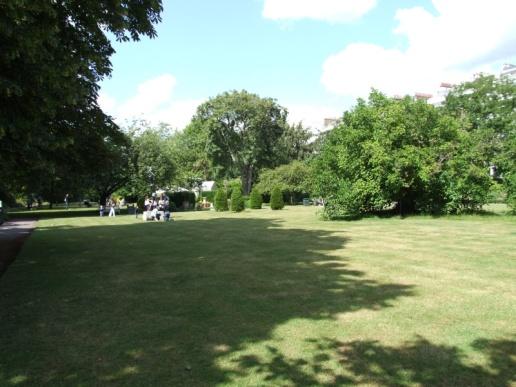 Cadogan Place Gardens SW1X