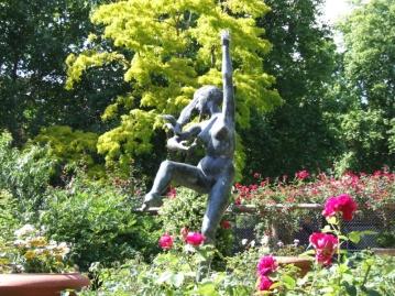 Cadogan Square Gardens SW1X