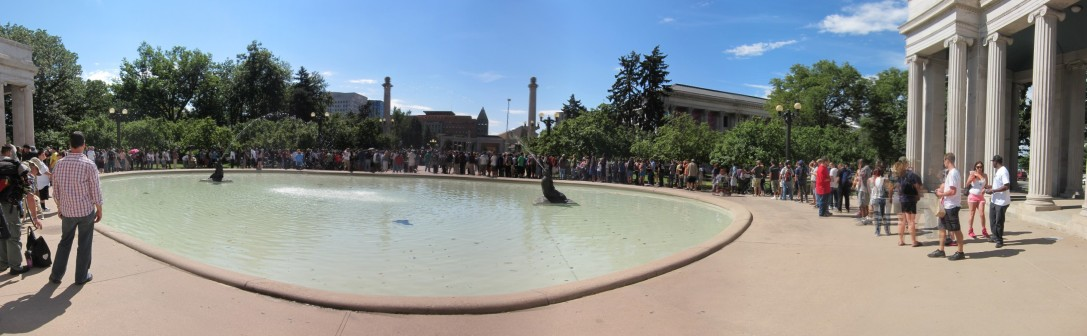 People queueing for a free joint in Civic Center Park