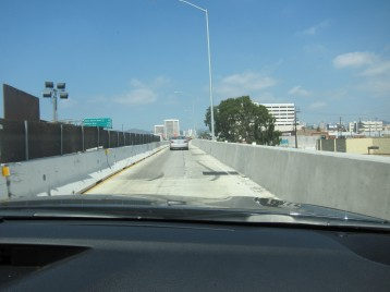 Scarily narrow exit ramp at LA. Driving through this at 60 mph is not fun.