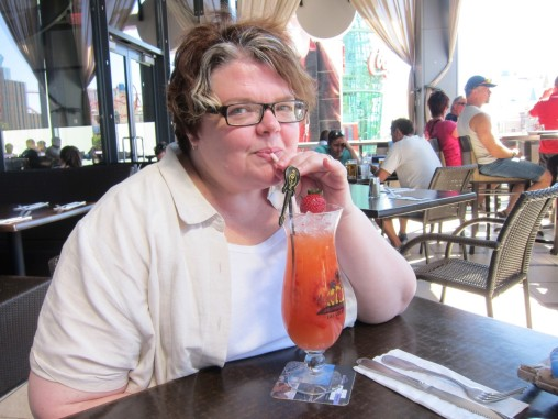 Michelle has a non-alcoholic cocktail at the Hard Rock Cafe. Amazing.