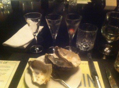 Martini and oyster pairing