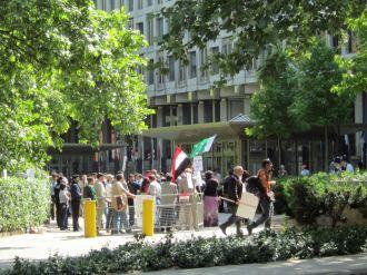 Iraqi protesters @ grosvenor square
