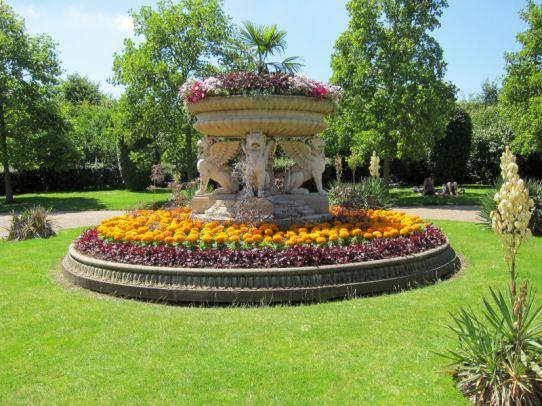 Regent's Park Avenue Gardens