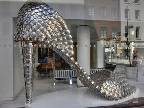 Shoe of pans