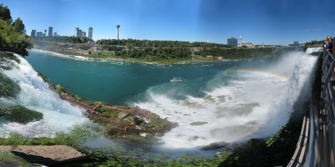 View of Bridal Veil Falls, Cave of the Wind and American Falls from Luna Island