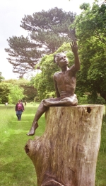 A sculpture called 'Summer' (or was it 'Autumn'). Anyway this photo was taken with our old APS camera. Quality just isn't as good as 35mm or the Fuji Finepix. Most the photos on the two rolls of film shot on this visit are not keepers. This is on the cusp....