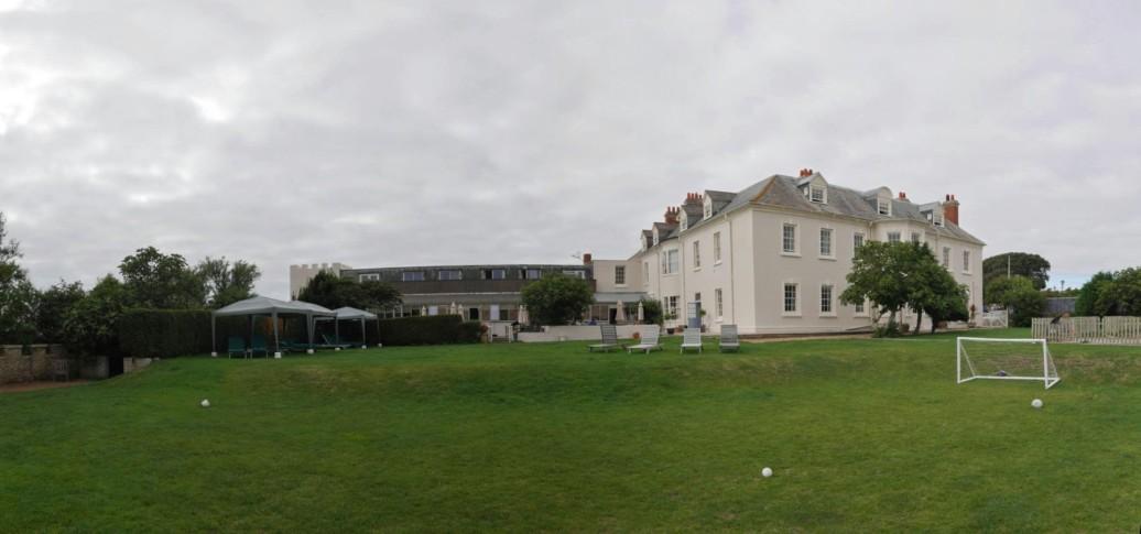 Moonfleet Manor Hotel