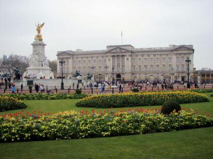 Buckingham Palace, Easter Sunday