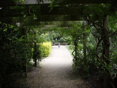 Crescent Garden W9