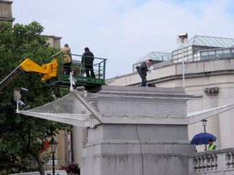 People are taking turns to spend 1hr on the 4th plinth @ Trafalgar Square.