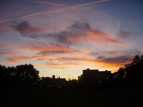 Red sky in Paddington Recreation Ground