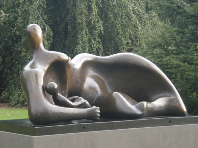 Draped Reclining Mother and Baby, 1983