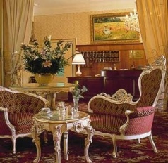 Romantic' hotel du Parc in Thann about 100 km south of Strasbourg. Nabbed this picture off of their web site. Nice hotel if very ornate.