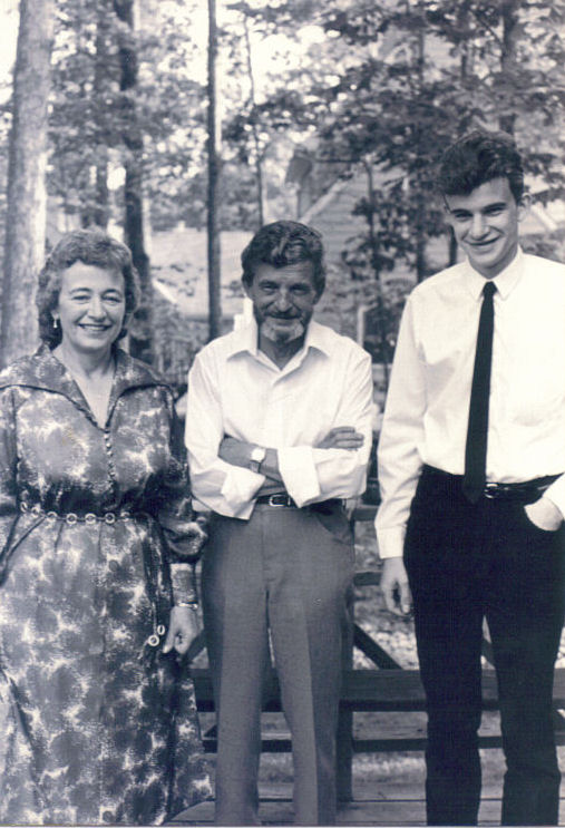 The groom and his parents