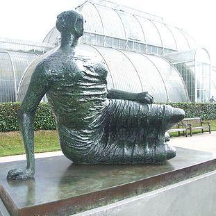 2007 - Moore at Kew thumb