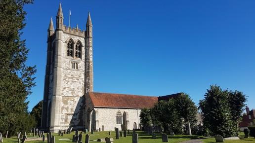St Andrews, Farnham