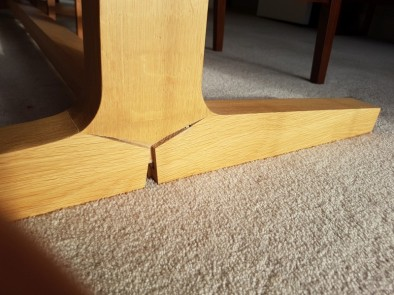 Dining table collapse!