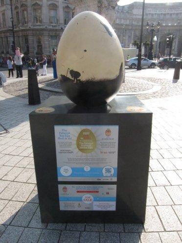 Big Egg Hunt, Trafalgar Square