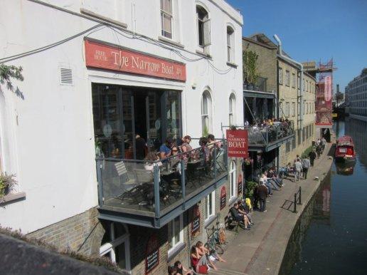 The Narrow Boat pub, Wharf Road