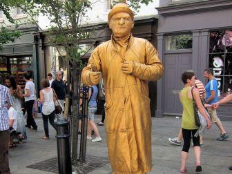 Covent Garden living statue