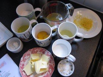 Lemon meringue pie fixings